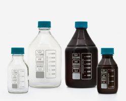 chai trung tính nắp vặn thường được dùng trong phòng lab, thí nghiệm tại các trường học, công ty thủy hải sản